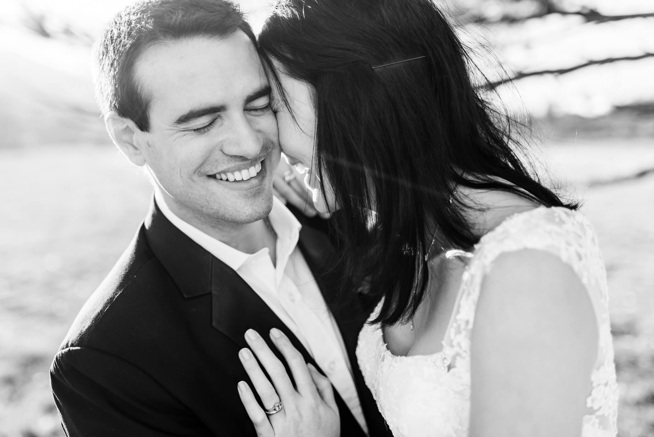 comment-reussir-vos-photos-de-couple-mariage-engagement-emotion-naturelle
