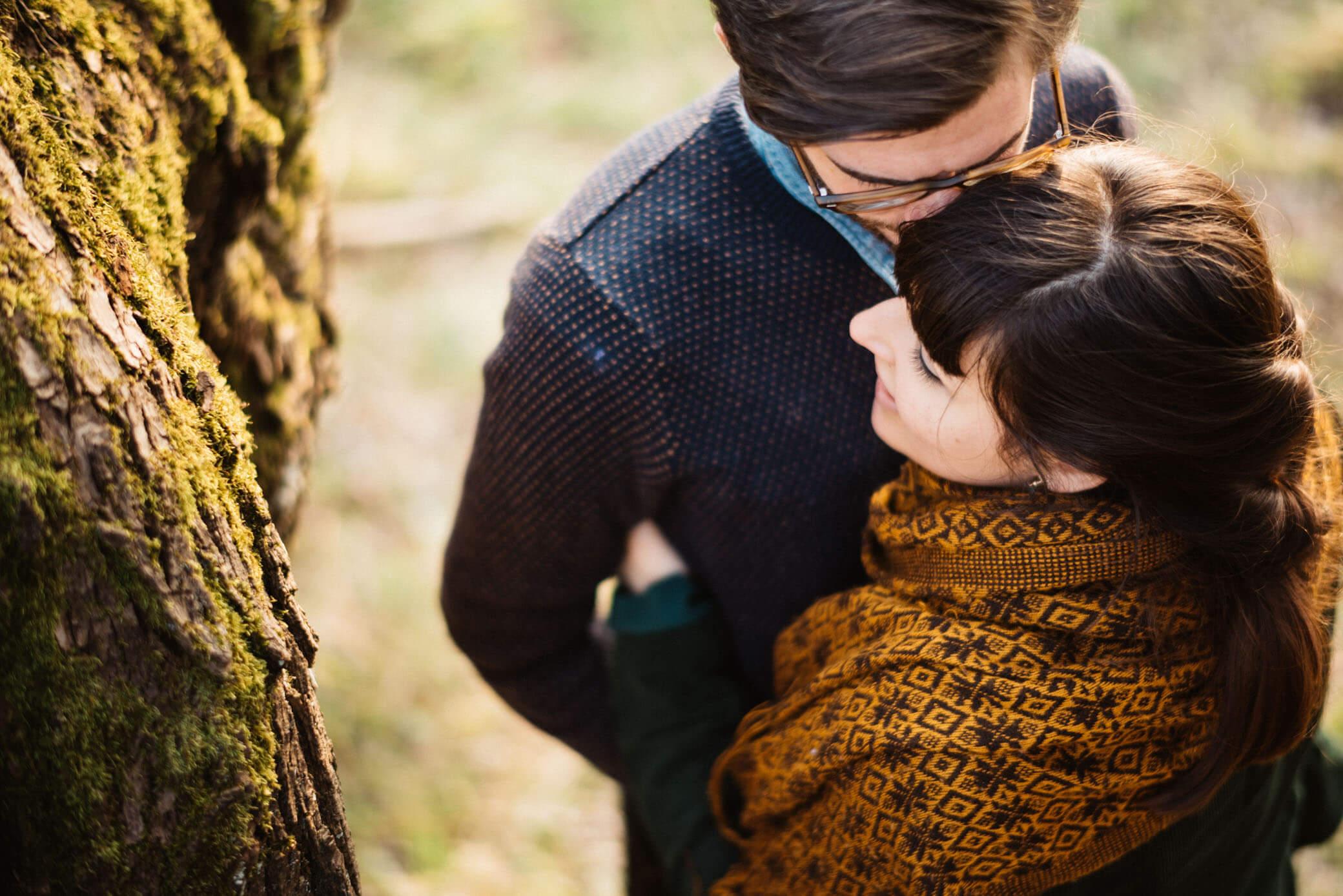 comment-reussir-vos-photos-de-couple-sens-toucher-amour-emotion-workshop