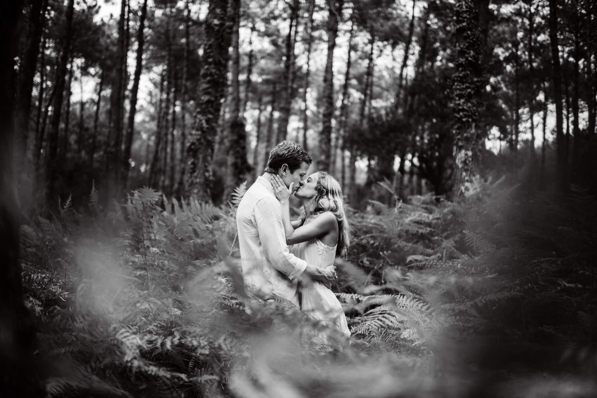 faire-poser-un-couple-et-obtenir-des-photos-avec-de-l-emotion02