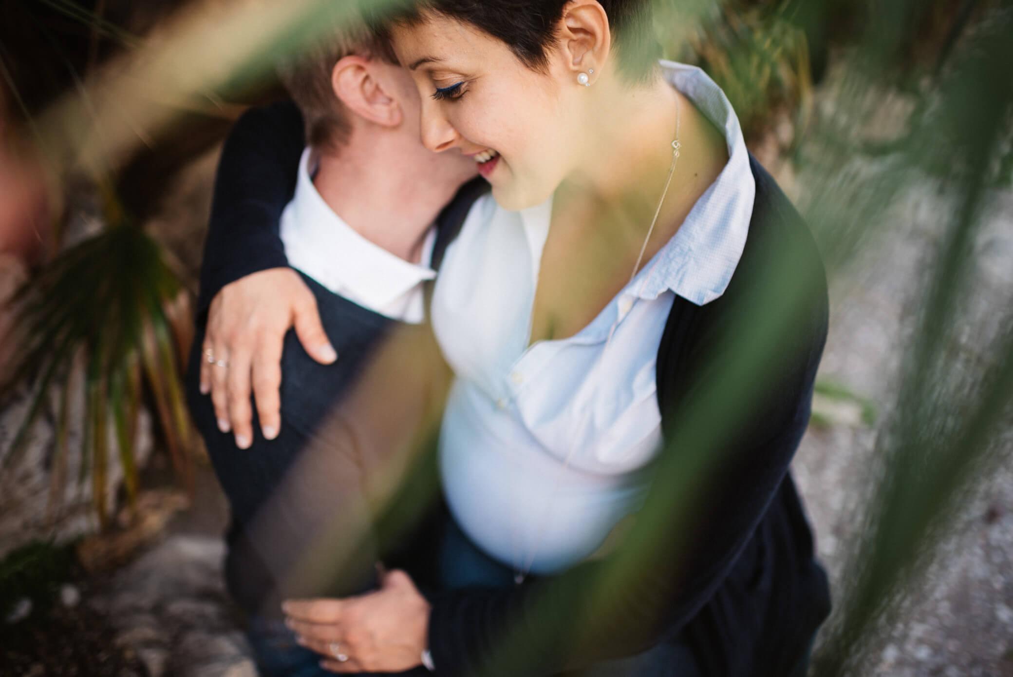 faire-poser-un-couple-et-obtenir-des-photos-avec-de-l-emotion04